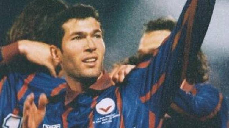 La Ligue 1 de football et ses joueurs les plus marquants