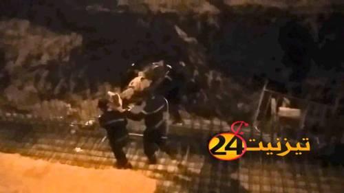تيزنيت : إنقاذ شخص سقط فوق القضبان الحديدية بورش بناء مجرى الوادي