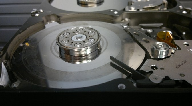 Replacing a failed disk in a mdadm RAID