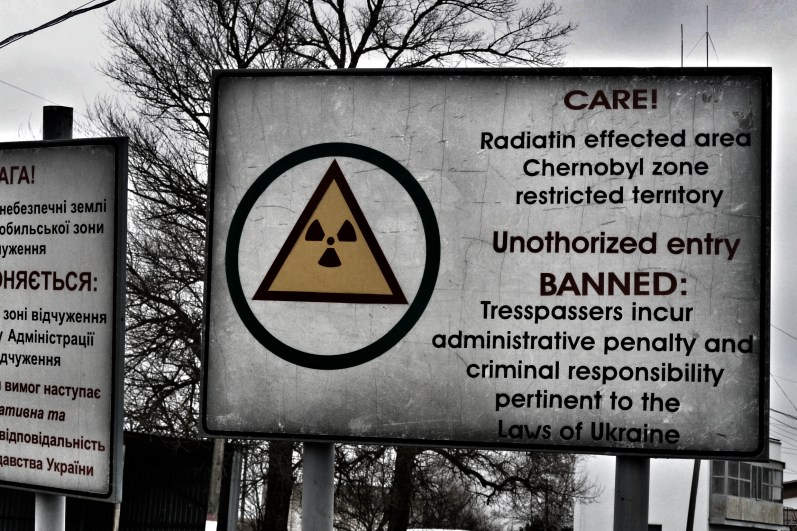 Entering Tsjernobyl