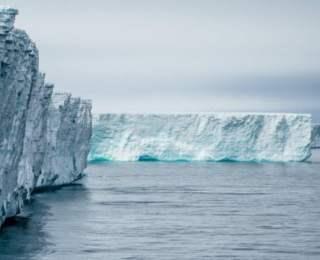 """""""Antarktika'daki buz kopmasının iklim değişikliyle ilgisi yok"""""""