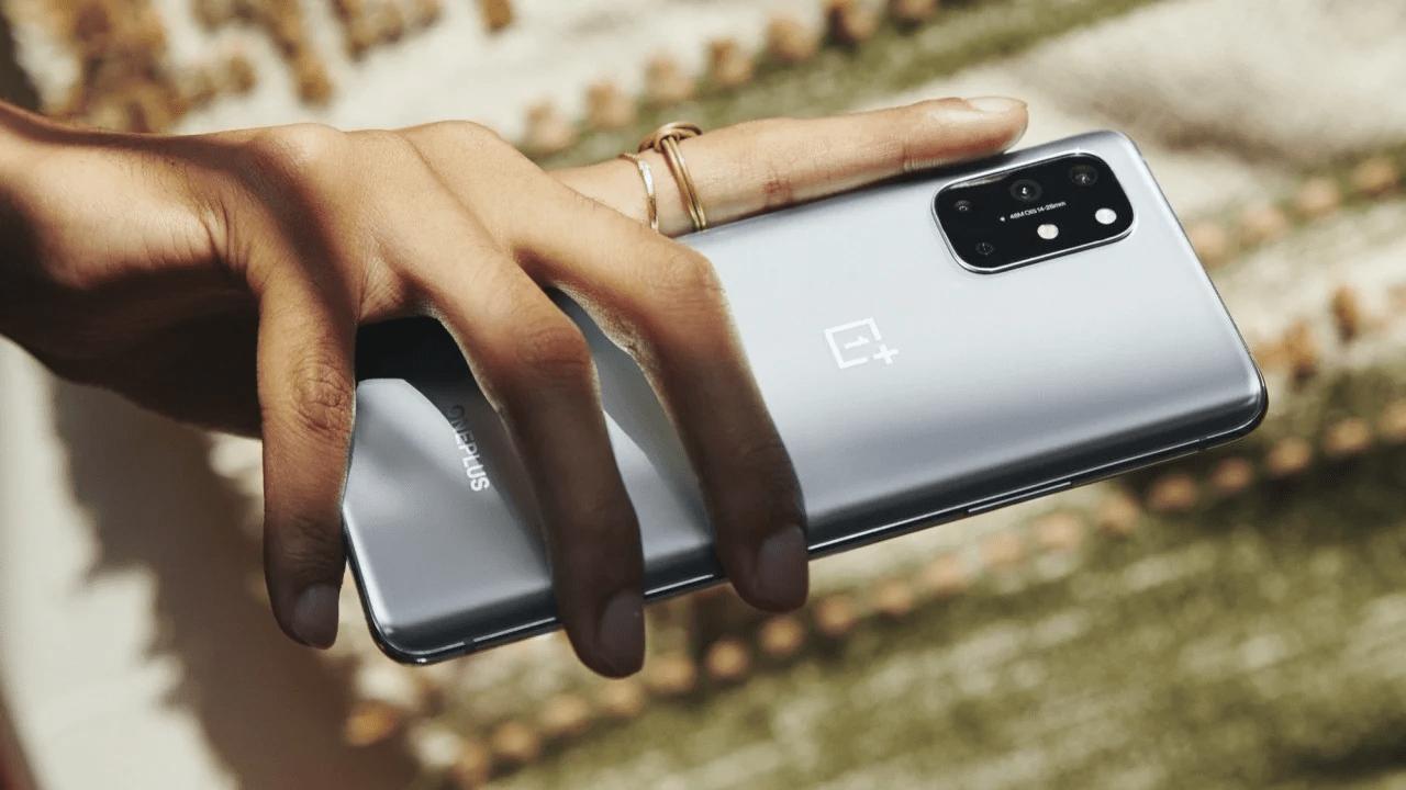 OnePlus 8T Resmi Olarak Duyuruldu 15