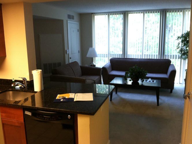 Sample Photo Apartments At Parc Rosslyn 1