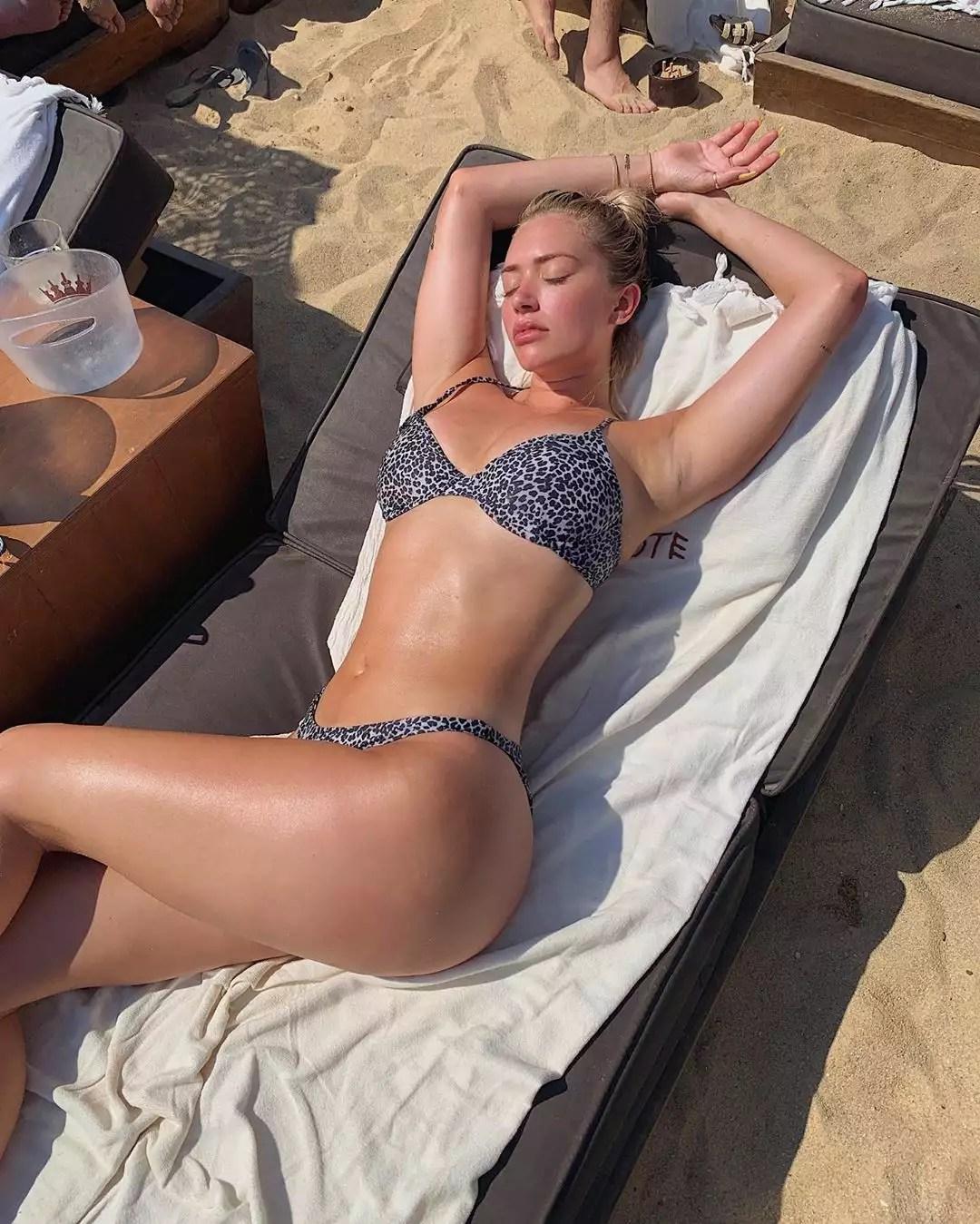 Η Ελληνίδα κολλητή της Kylie Jenner κάνει διακοπές στην Μύκονο (Εικόνες)
