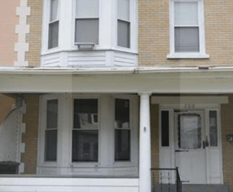 208 Kent Street