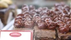 Prăjiturile de la Cofetăria Angelo le-au plăcut micuților de la Vișina. FOTO Adrian Boioglu