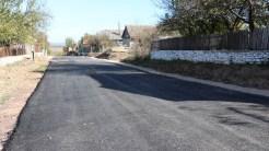 Primăria Mihai Bravu asfaltează străzile din localitate. FOTO Adrian Boioglu
