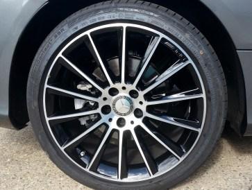Felgen Mercedes C-Coupé mit Servfaces versiegelt von Fahrzeugpflege Massler