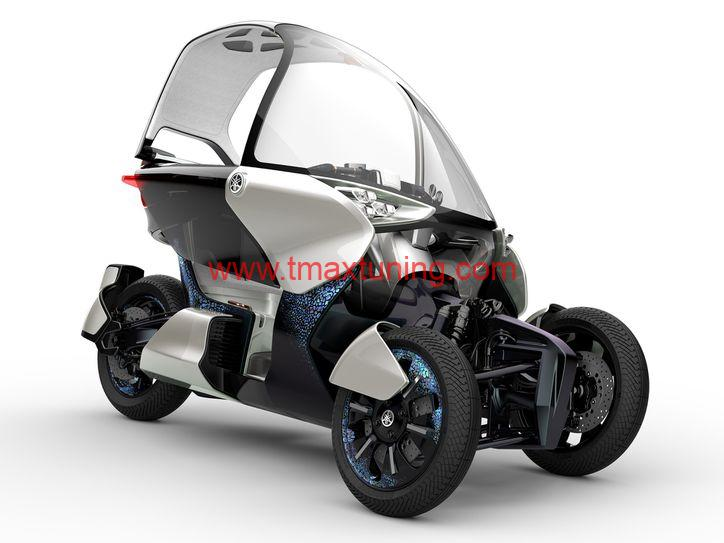 Yamaha T Max a tre ruote 4