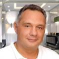 Dr. Felix Gustavsson