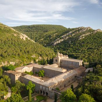 LIEUX-Abbaye-de-Fontfroide©yannmonel