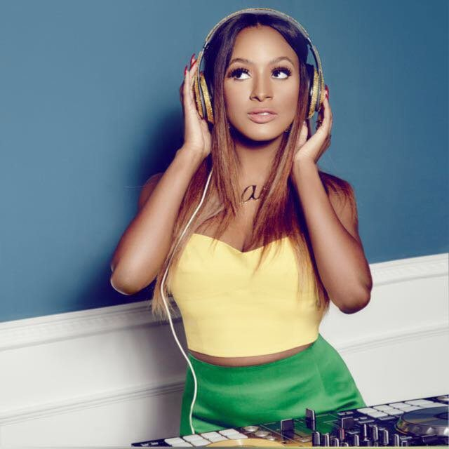 DJ Cuppy Giving The President Of France & President Of Senegal Disc Jockeying Lessons    WATCH