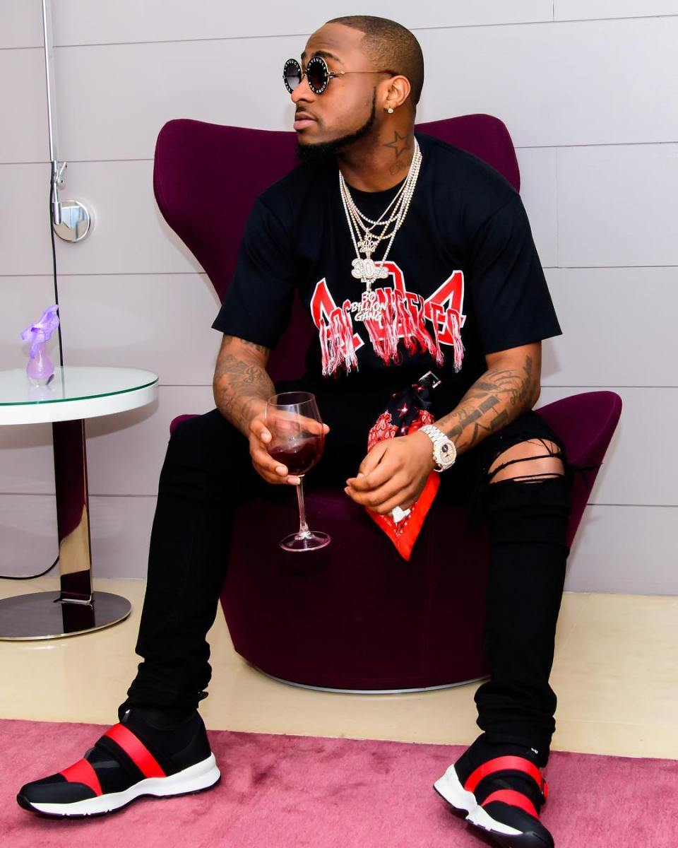 Davido Announced The Official Signing Of Producer, Fresh VDM To DMW || WATCH