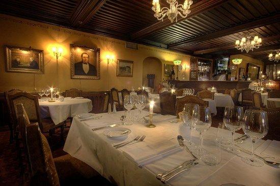 Historic Engebret Cafe