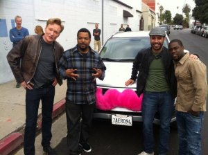 This unsuspecting driver got to take Conan O'Brien, Kevin Hart and Ice Cube on a drive using the Lyft system.