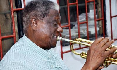 Victor Olaiya
