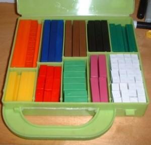 valigetta con 200 regoli colorati
