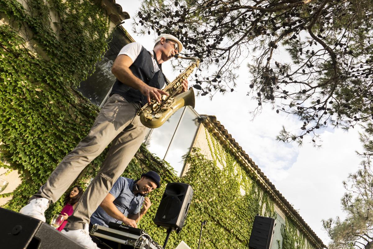 Traiteur Toc Toque, Blaise au Saxophone, Mariage au Domaine de Villary, Nîmes
