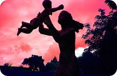 Homenaje a la madre soltera