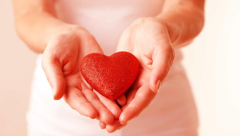 Para ser felices hay que dar amor