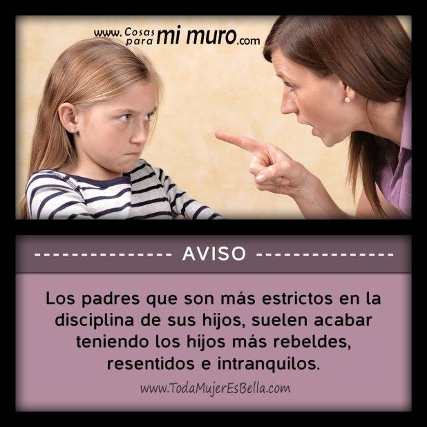 Padres estrictos en la disciplina de los hijos