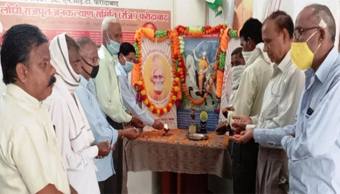 Social workers paid tribute to Swami Brahmananda on the 37th Nirvana Day
