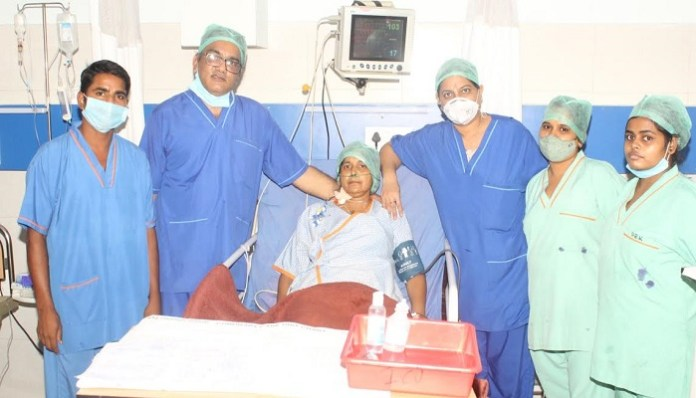 New life given to the patient by performing heart surgery using ecomo technique