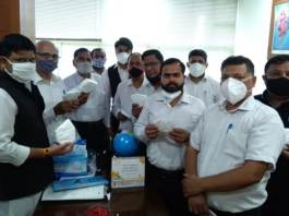 In collaboration with Seva Bharti, the Advocates Council distributed masks in the chambers