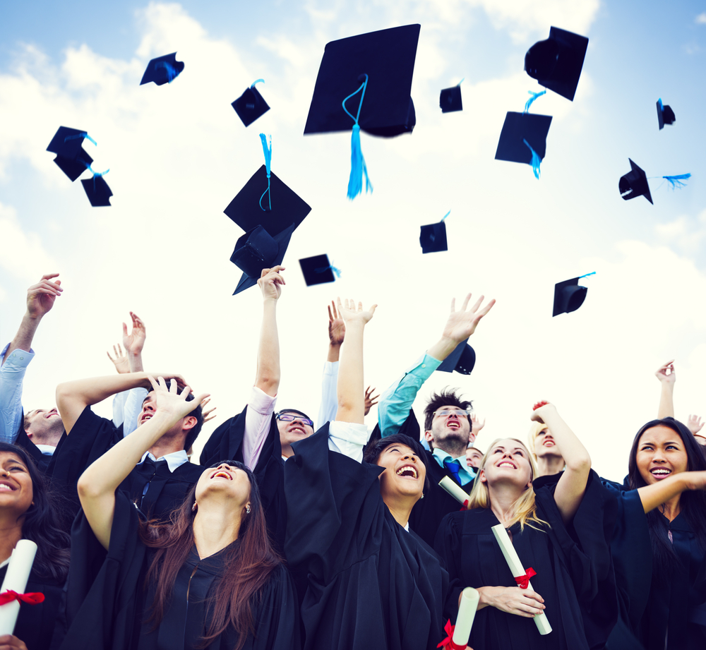 https://i1.wp.com/www.todayifoundout.com/wp-content/uploads/2014/06/graduates.jpg