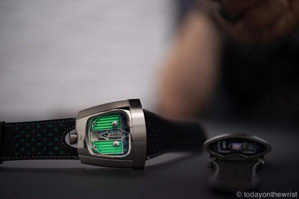 Baselworld 2016: MB&F HMX Black Badger