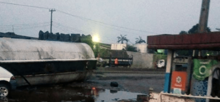 Scores escape death as tanker falls on Lagos-Abeokuta Expressway