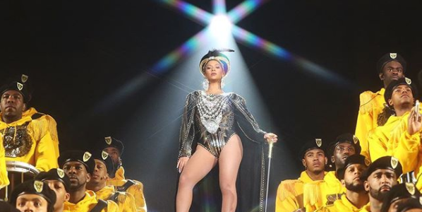 Beyonce turns Coachella to 'Beychella' with historic perfomance (videos)
