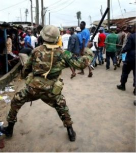 Sacked Lekki houseboy mobilizes soldiers to beat boss