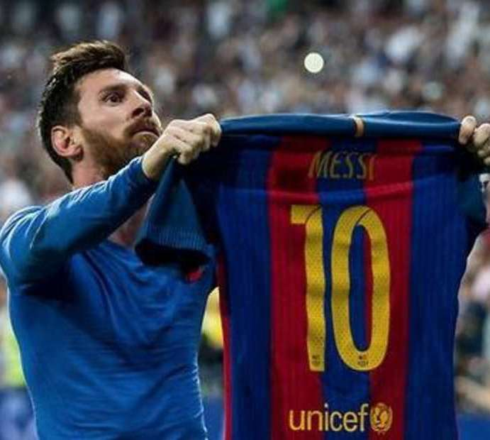 Messi buys $15 million private jet