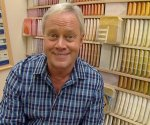 Danny Lipford in paint department of home center.