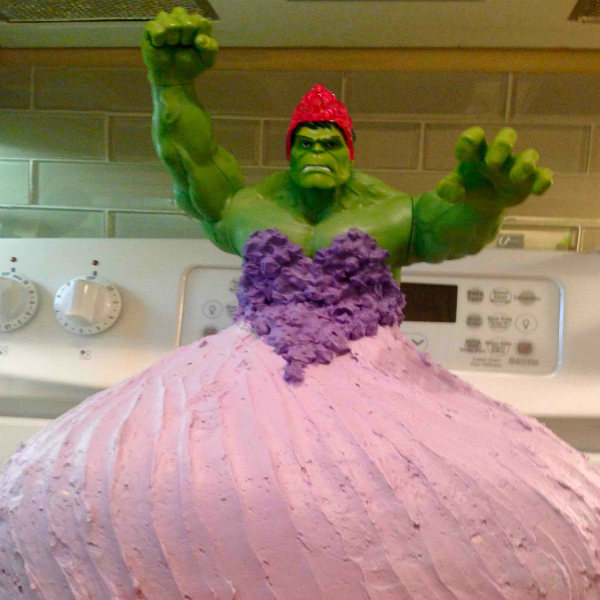 Mom Bakes Hulk Princess Birthday Cake Today S Parent