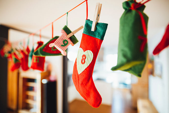 How Your Family Can Spread Holiday Cheer, Not Germs