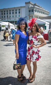This mother daughter duo from Atlanta were stunning in red and blue.