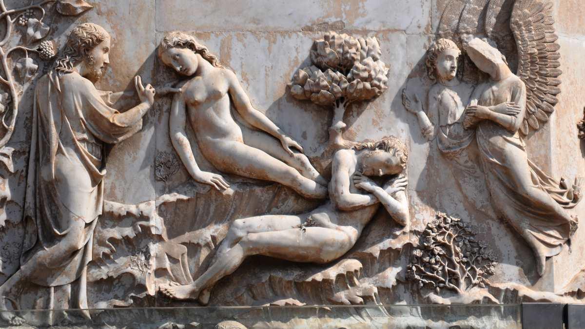 Maitani's Creation of Eve