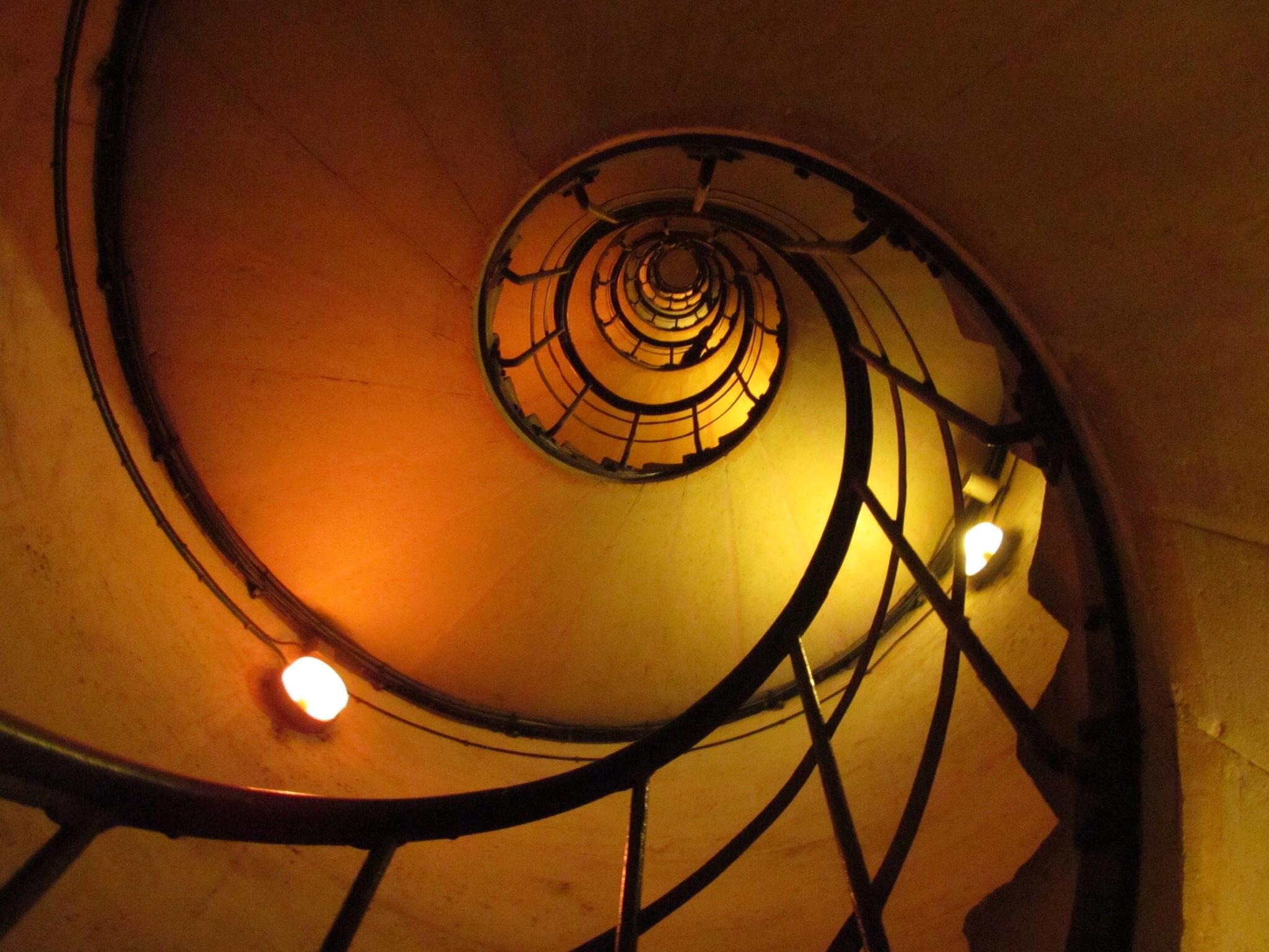 Staircase in the Arc de Triomphe, Paris. Image Credit Mack444 (via Flickr)