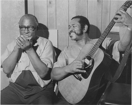 Sonny Terry & Brownie McGhee.
