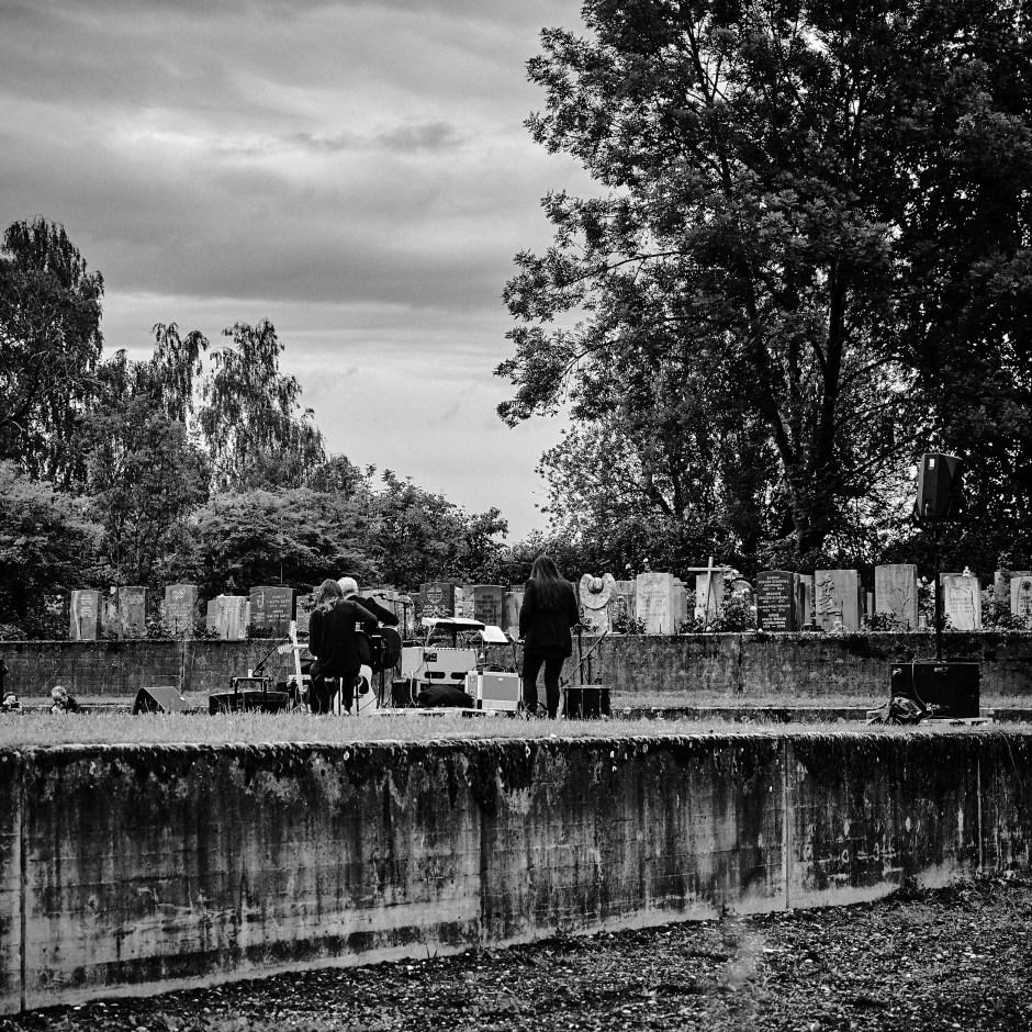 «Letzte Worte - Konzerte für die Toten» auf dem Friedhof Eichbühl, 17. Juni 2020. Foto: Corinne Koch