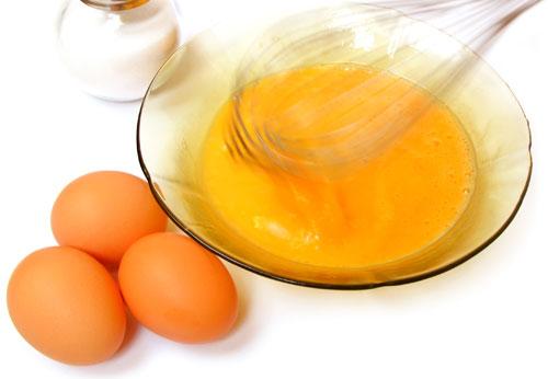 Batiendo huevos