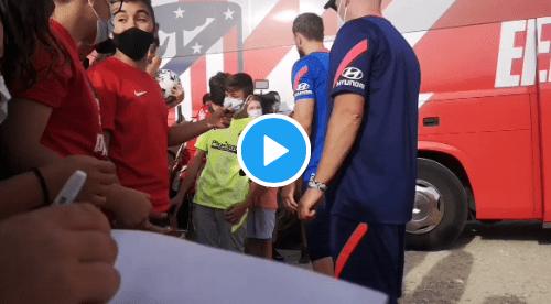 VIDEO: Oblak se gana los aplausos dentro y fuera del campo