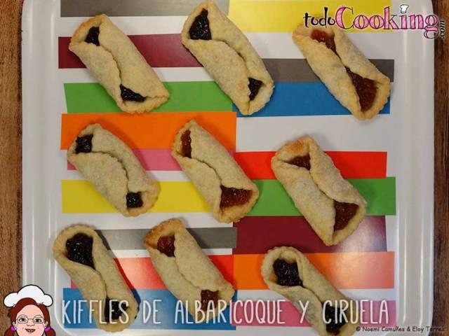 kiffles de albaricoque y ciruela