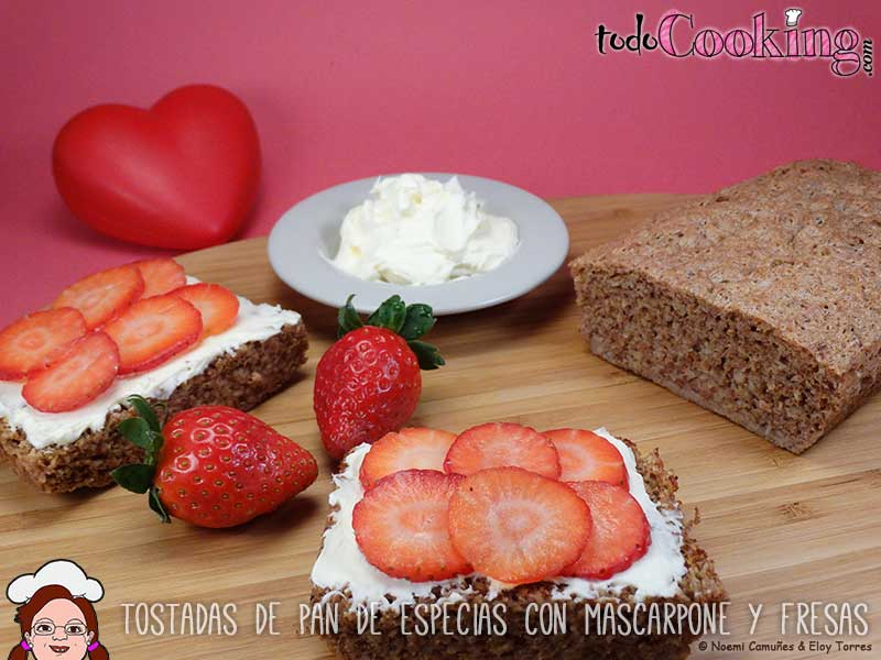 Tostadas-Pan-Especias-Mascarpone-Fresas-01