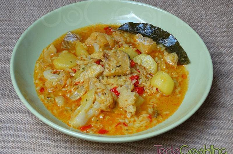 Arroz caldoso con bacalao patata y coliflor