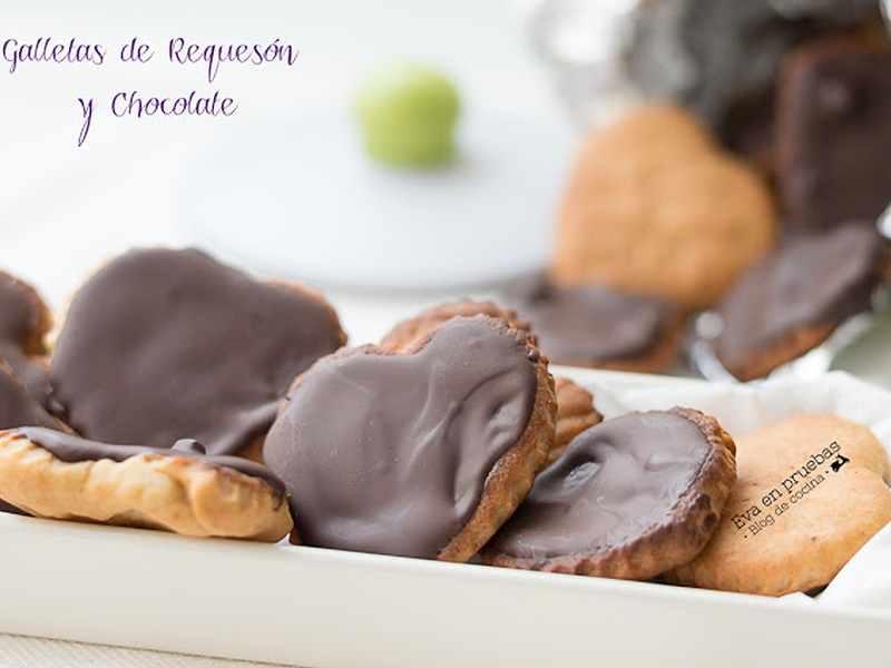 Galletas de requeson y chocolate. recetas de postres saludables sin azúcar