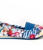 thumbs 31bs019 5036 Colección Primavera Verano 2013 de zapatos de Desigual