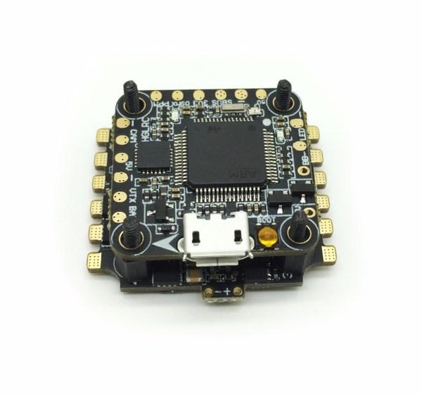 Micro F4 AIO OSD ESC 4 en 1 28A ESC Dshot (493)